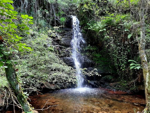 Cascada de Arriba